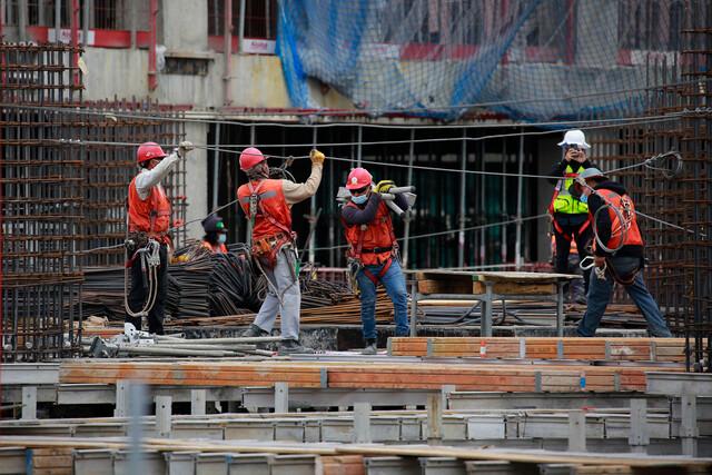 Materiales de la construcción, obreros. Colusión.
