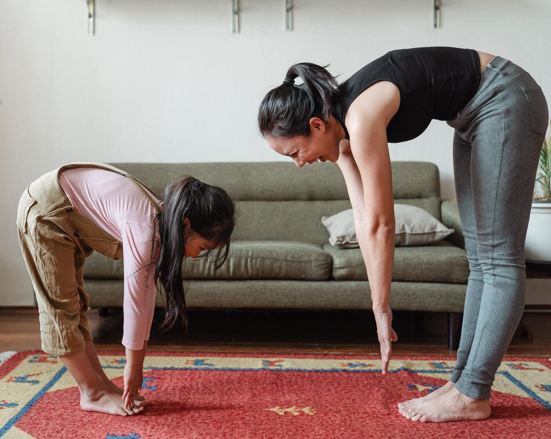 كن قدوة من خلال منع زيادة الوزن من خلال ممارسة الرياضة معهم