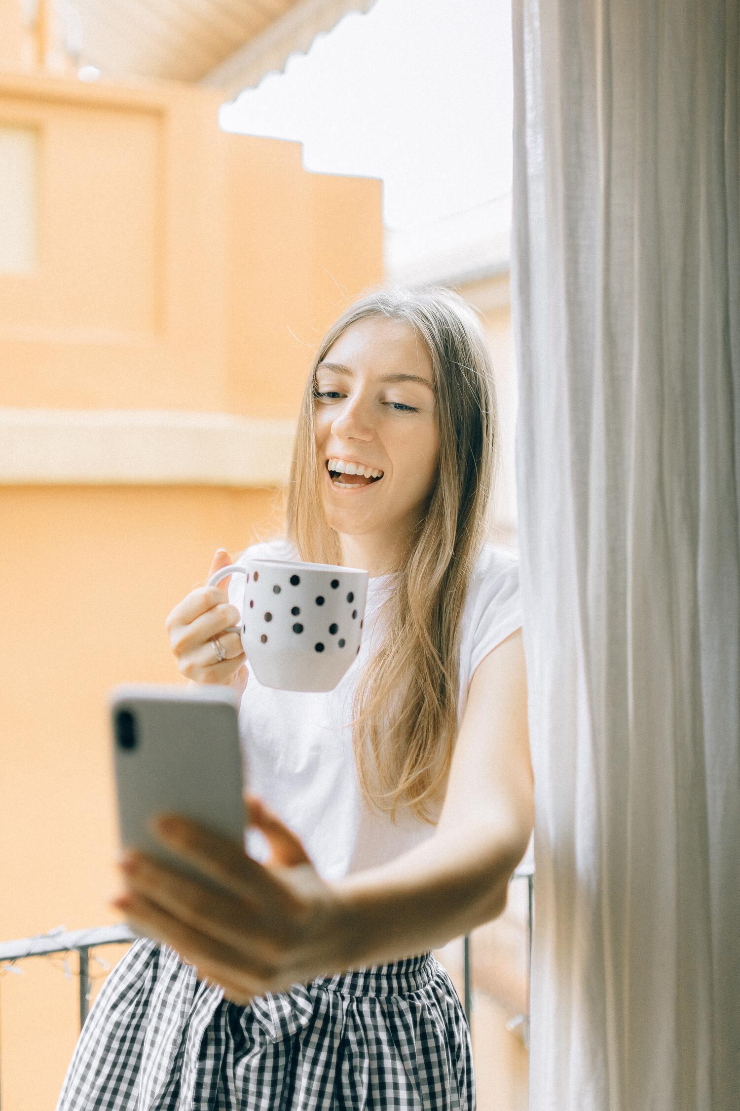 ابق على اتصال افتراضي مع أحبائك