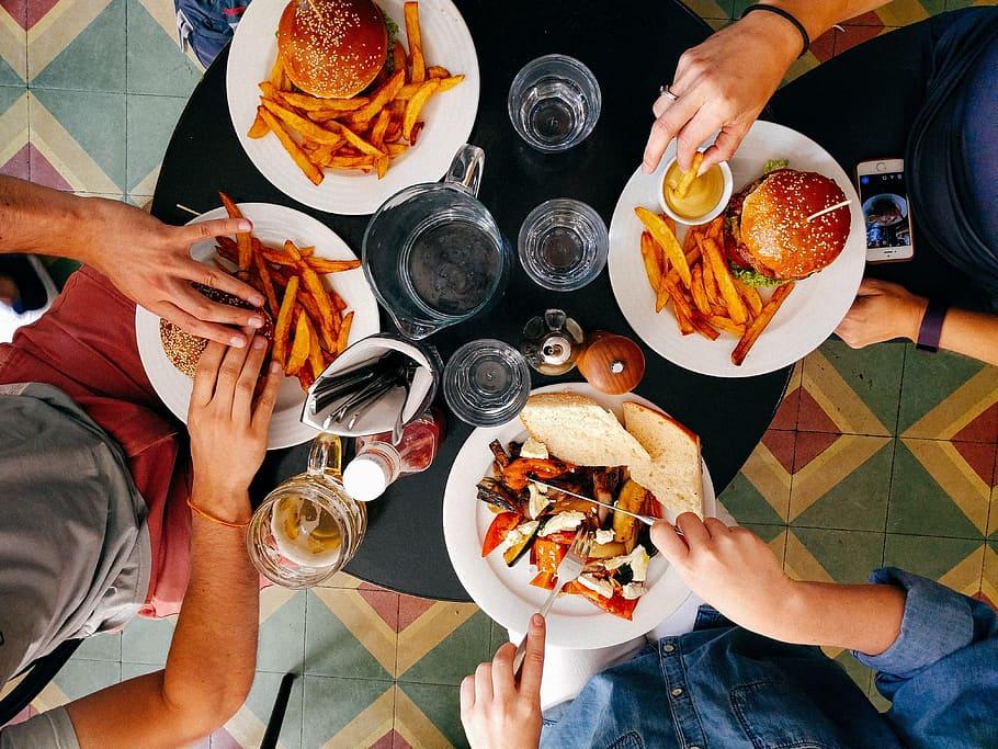لا تأكل الوجبات السريعة أكثر من مرتين في الأسبوع